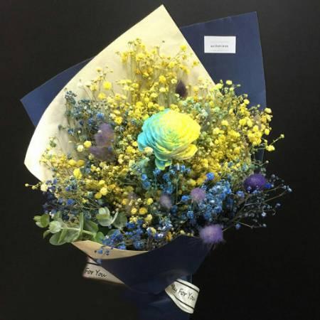 J002真摯的友情乾燥花畢業花束生日花束