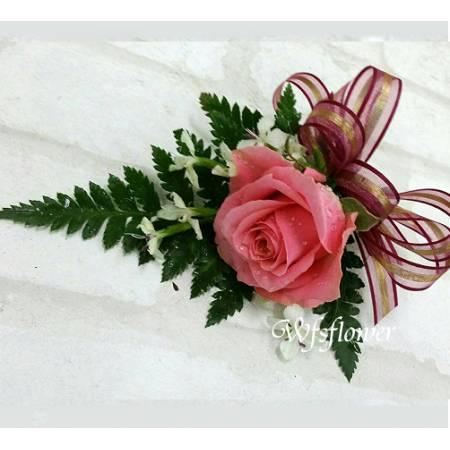w-13粉玫瑰胸花台南專業送花店