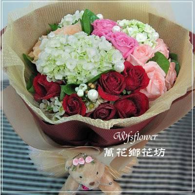 F081幸福時光精緻型花束生日花束台南花店台南網路花店