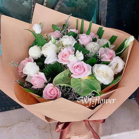 F123特別的愛給特別的你玫瑰桔梗花束店主推薦