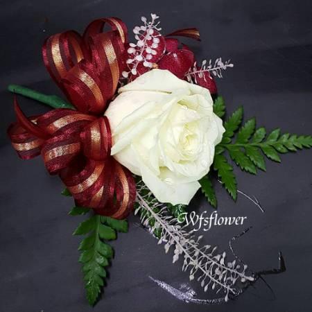 w-42優雅白玫瑰胸花婚宴胸花台南市花店