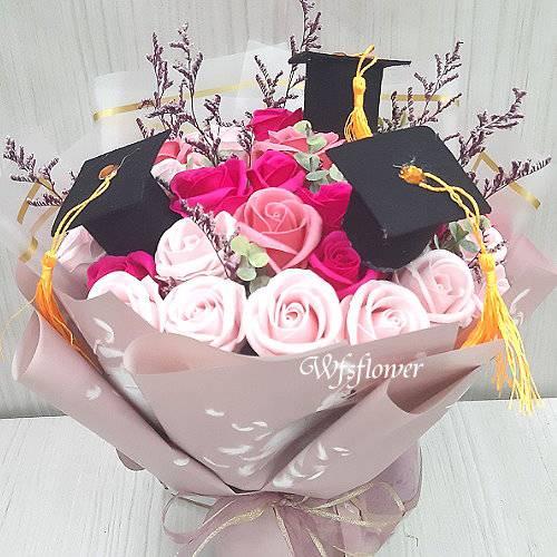 MS076驪歌響起時香皂花畢業花束台南花店
