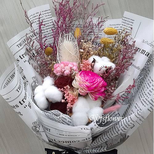 J049永恆的愛乾燥花花束台南代客送花