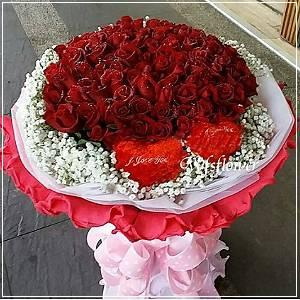 F022百朵玫瑰花束台南市花店萬花鄉花坊