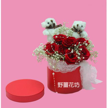 AA075紅玫瑰花禮盒