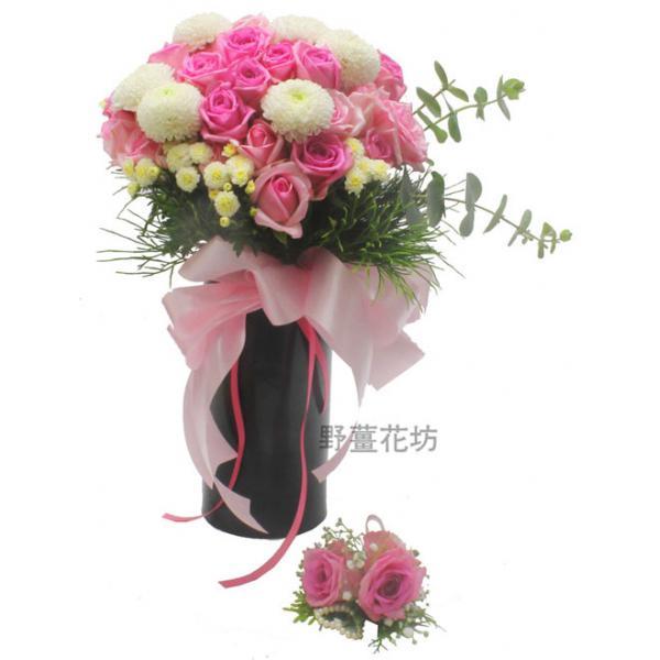 AK022捧花+2朵胸花
