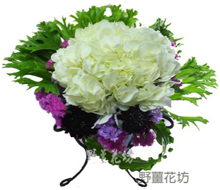 K008捧花+2朵胸花