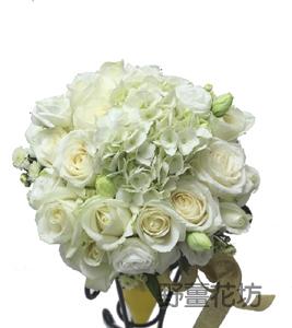 K015捧花/白玫瑰白繡球