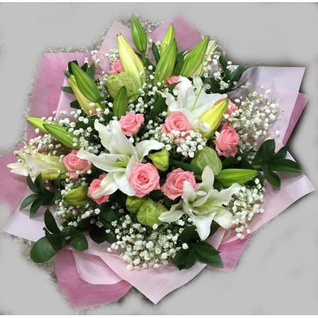 A053粉玫瑰百合花束
