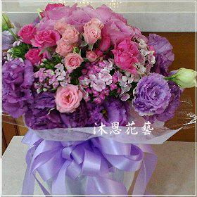 K032台北花店士林區花店沐恩花藝情人節花束玫瑰桔梗花束
