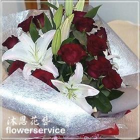K034台北花店士林區花店沐恩花藝情人節花束紅玫瑰百合花束生日花束