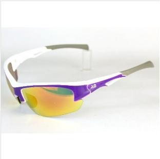 AD科技多層鍍膜變色鏡片運動太陽眼鏡~白天到夜晚一付搞定~全方位保護眼睛-型號:Cozy