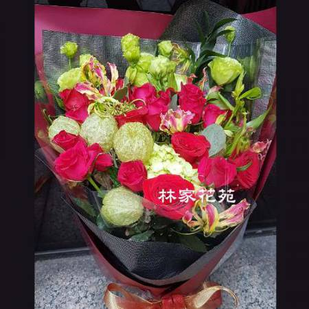 A012無盡的愛綜合花束演奏會花束生日節日花束