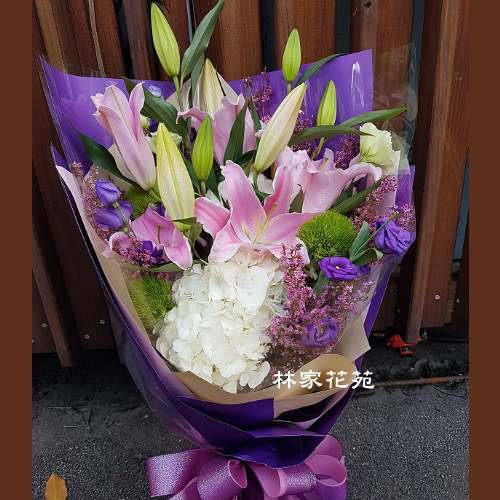 A017歡喜自在傳情花束演唱獻花生日花束