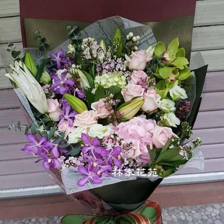 A019幸福滿滿傳情花束情人節演唱會花束
