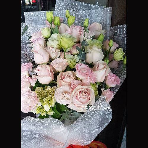 A030粉色戀情桔梗玫瑰花束傳情花束