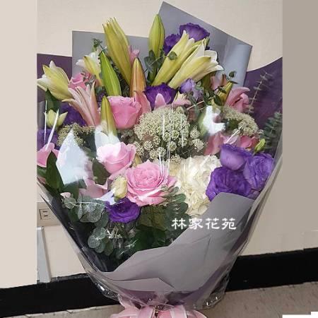 A033百合玫瑰花傳情花束演唱獻花生日花束