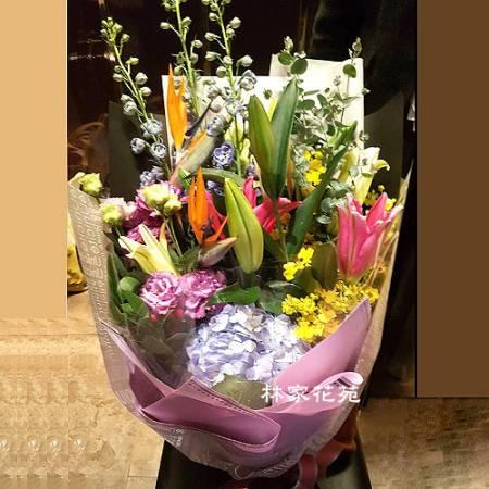 A034百合桔梗花束傳情花束演唱會花束