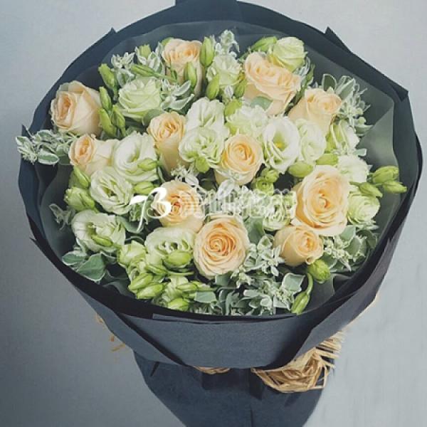 A024玫瑰桔梗花束生日花束特殊節日花束