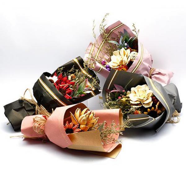 J010愛的宣言乾燥花束情人節花束
