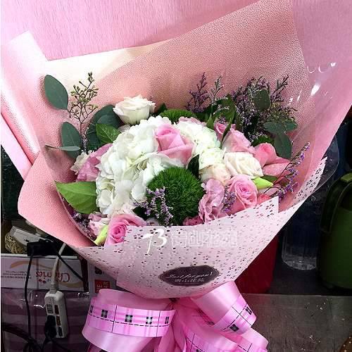 A065因為有你繡球玫瑰花情人節生日花束