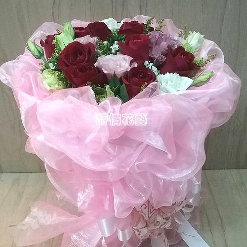 F072浪漫情懷玫瑰桔梗花束情人節花束
