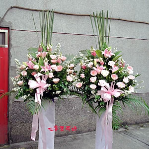【C-032】南港世貿展覽館~參展成功~~祝賀展出成功高架花籃1對