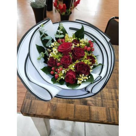 SU011圓舞曲九朵玫瑰花束